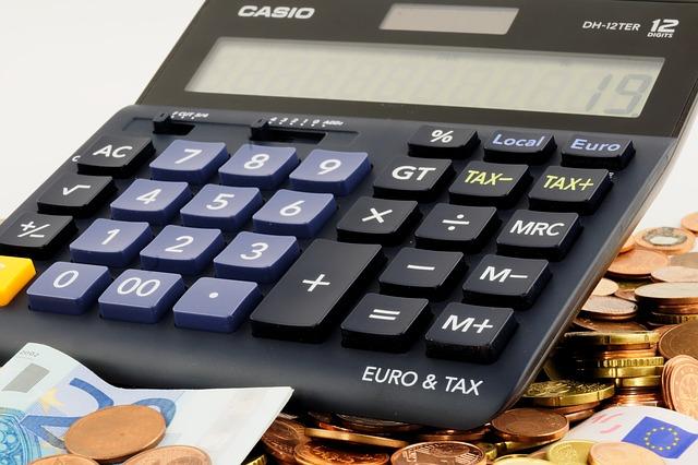 Kalkulator z pieniędzmi